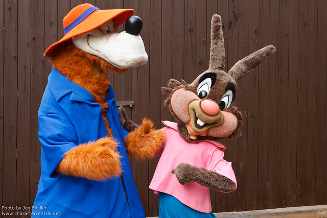 WDW Oct 2011 - Meeting Brer Rabbit and Brer Bear