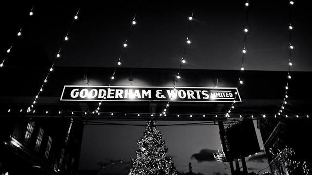 Gooderham & Worts [EOS 5DMK2 | EF 24-105L@24mm | 1/10 s | f/4.0 |  ISO800]