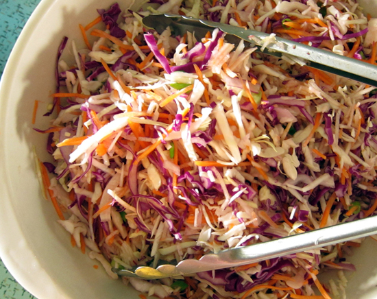 how to cut cabbage into slaw