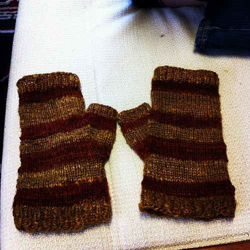 Mom's mitts are done!!