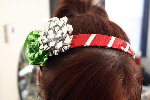 DIY Christmas Giftwrap Headband