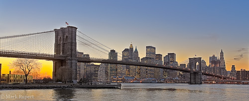 Brooklyn Bridge twilight