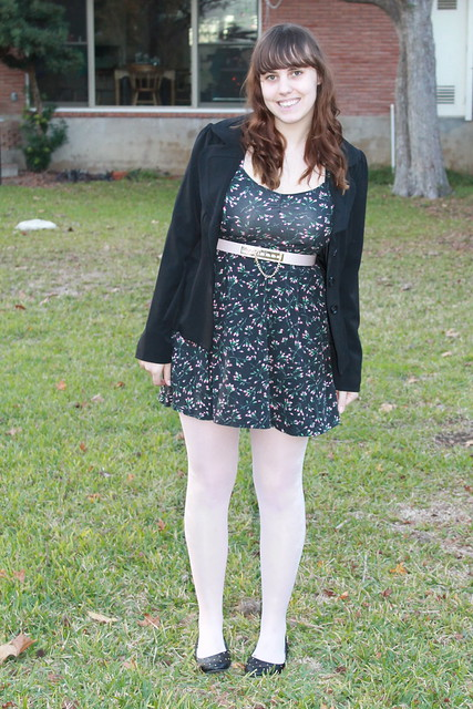 Black and pale pink outfit: tights, open-back jersey dress from Urban Outfitters, thrifted blazer, quilted flats from Modcloth