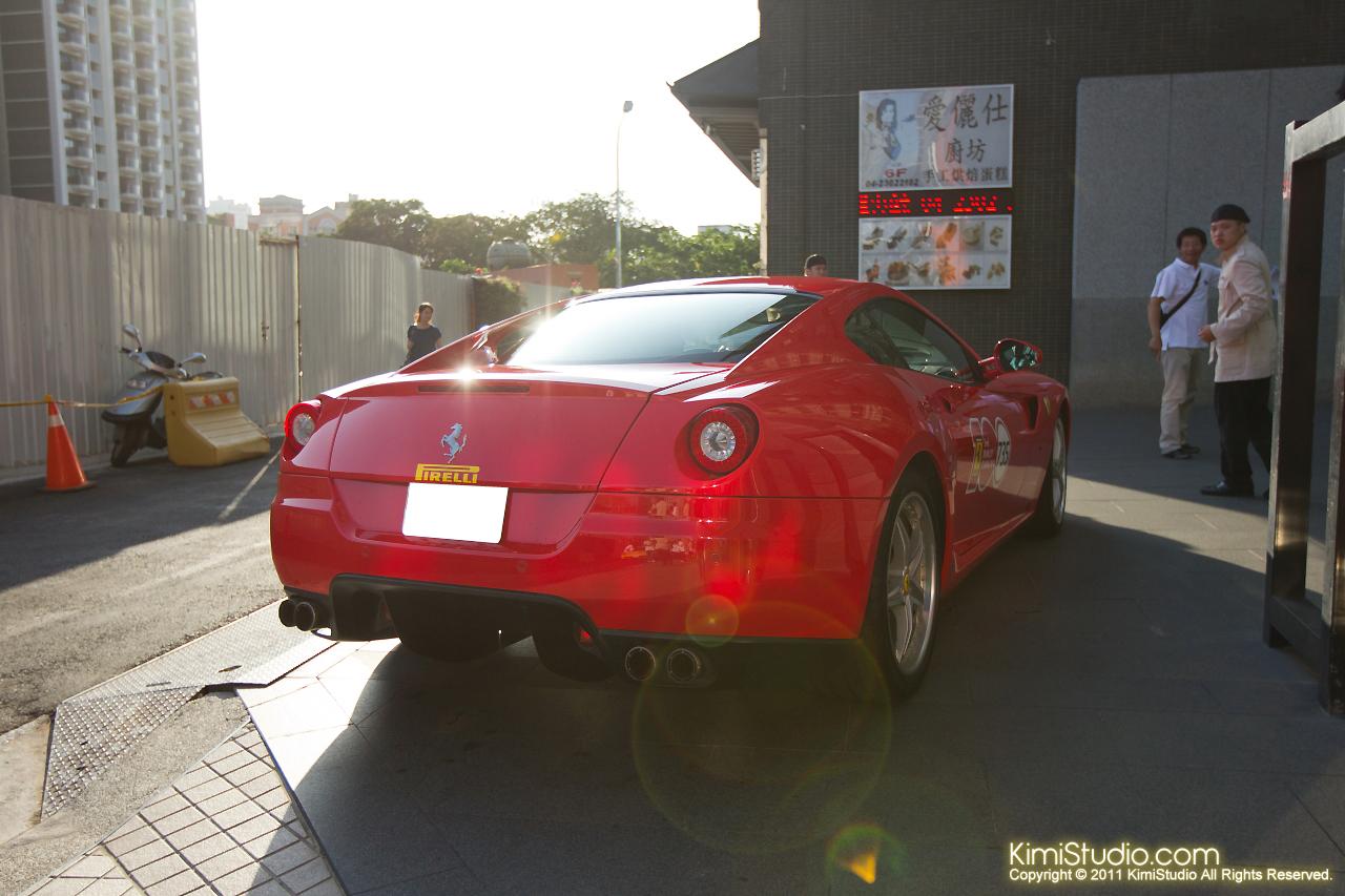 2011.10.28 Ferrari-008