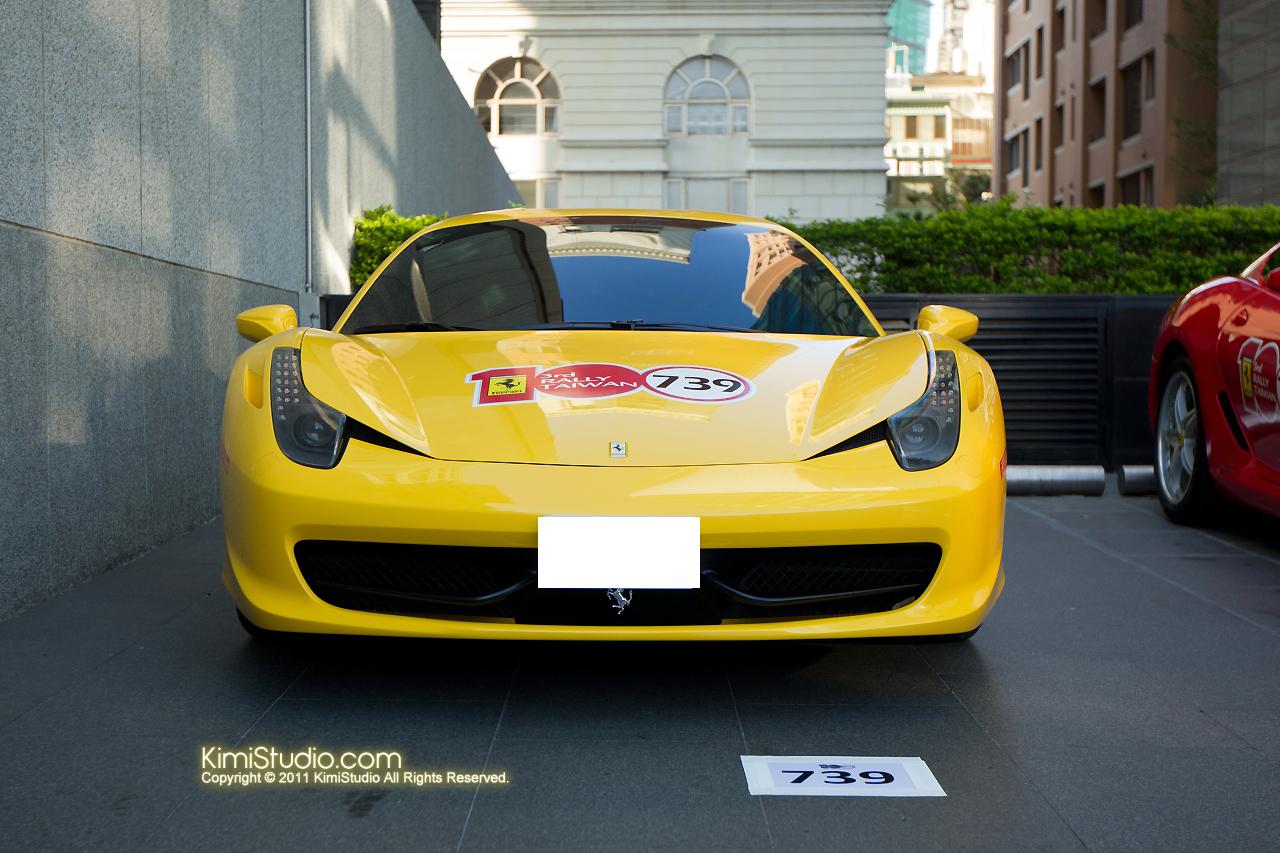 2011.10.28 Ferrari-014