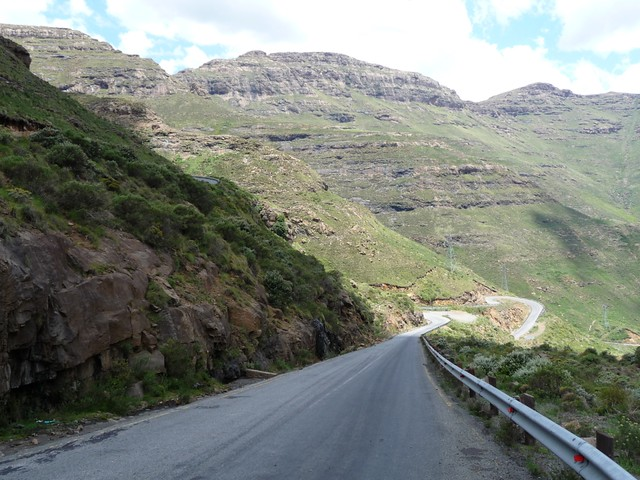 Moteng pass (1)
