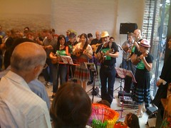 101 Ukuleles @ White Rabbit Gallery