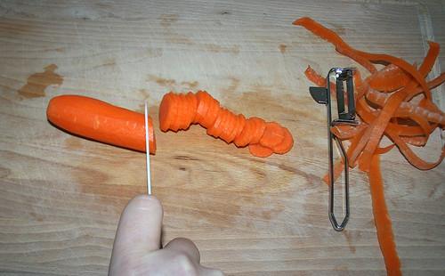 12 - Karotte schneiden
