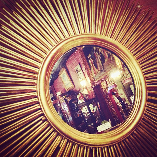 Gold Round Mirror Living Room