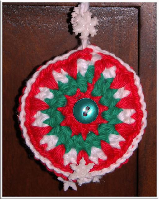 01-07-12-Round-Ornament