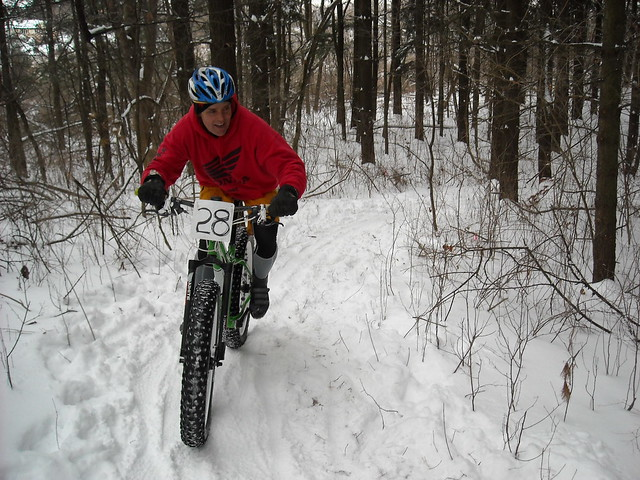 Butch rockin' the 9:ZERO:7 thru the mashed potato singletrack. When you see him, thank him for the great trails he built at Lake Geneva Canopy Tours.
