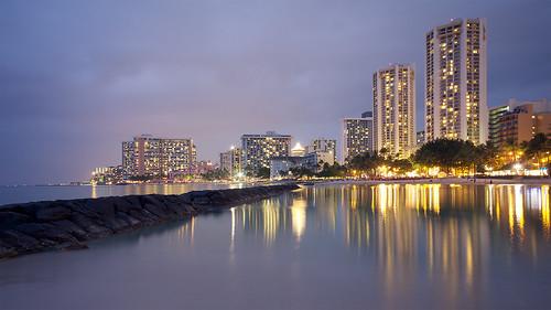 longexposure reflection night hawaii waikiki sigma1020mmf456