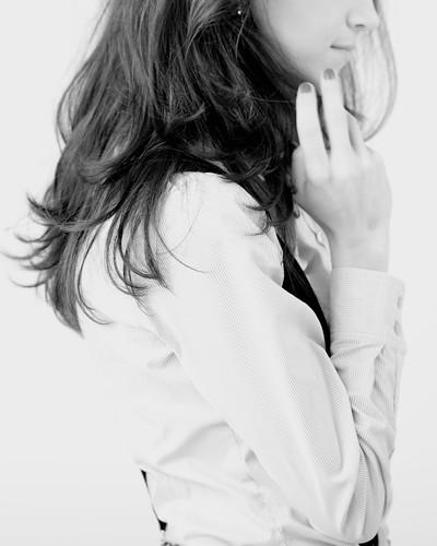 [フリー画像素材] 人物, 女性, 人物 - 横顔・横を向く, モノクロ ID:201201291400