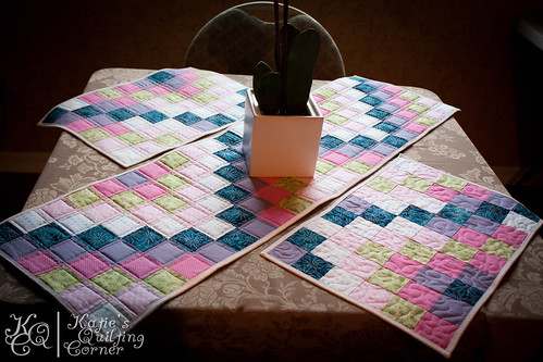 Bargello Quilt Along - Tablerunner and Placemat Patterns