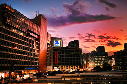 新宿夕景~Shinjuku Station [Explored?]