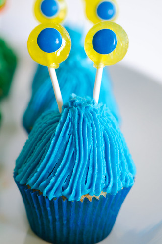 Monster_Cupcakes_Tutorial-5