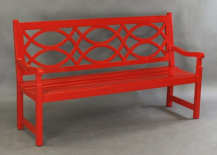 Amazing It es in natural teak or any custom color painted in marine grade boat paint so it is very hardy and won ut rot
