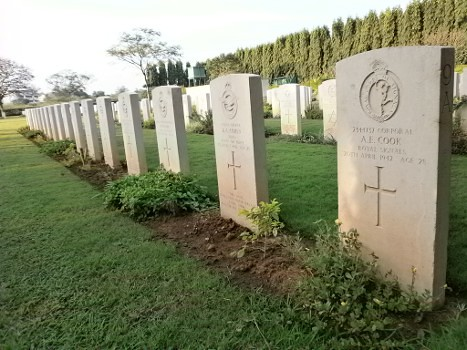 Madras-War-Cemetery-04