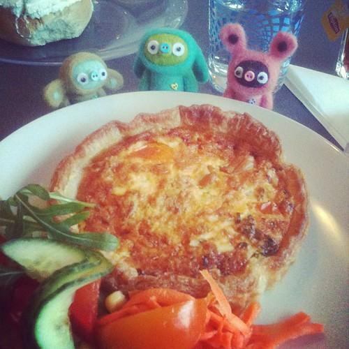 #vegolunch kantarellpaj (sharing with bobbaloos) at bananza