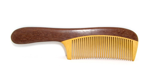 how to look after wooden comb