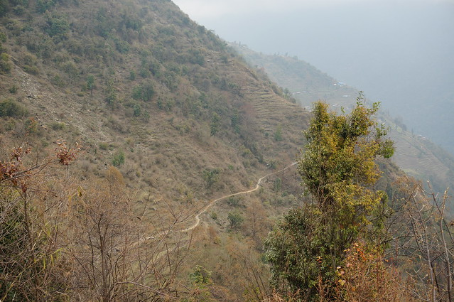 Path to Chomrong