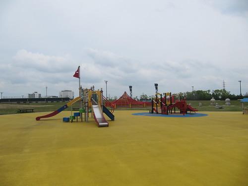 中京競馬場の公園の遊具
