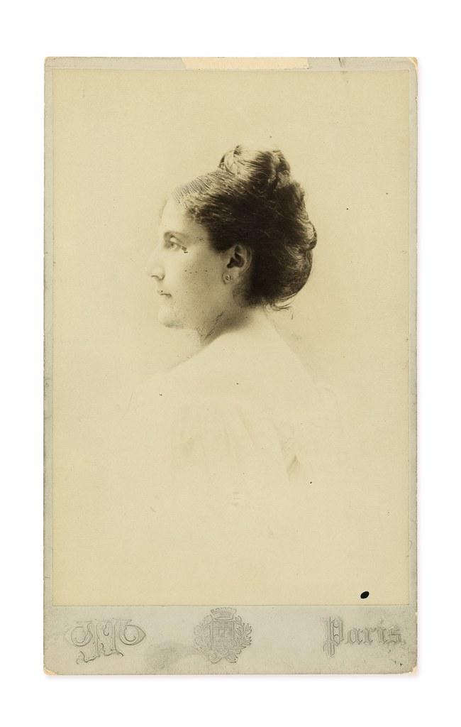 Lot 118 - Jeanne et Adrien Proust