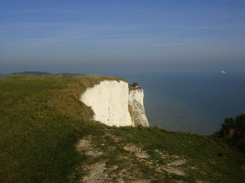 Vista de los White Cliffs con el Canal de La Mancha al fondo
