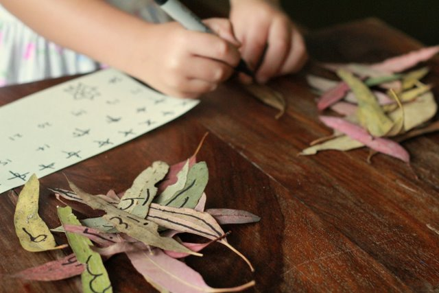 Creating our leaf advent calendar.