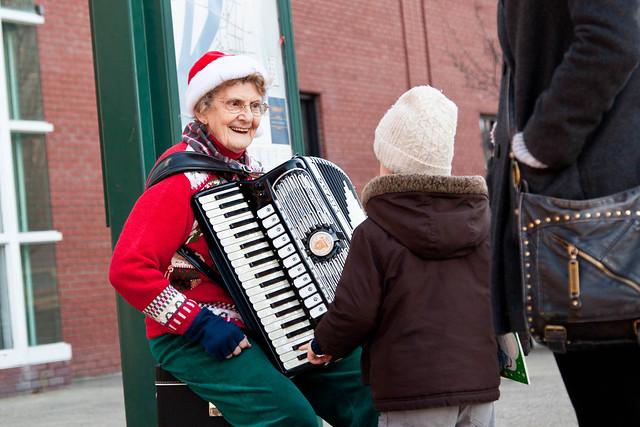 Troy Victorian Stroll 2011 - Troy, NY - 2011, Dec - 05.jpg