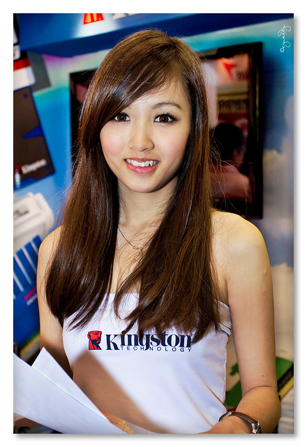 KLCC PC Fair 2011 - Kingston Girl