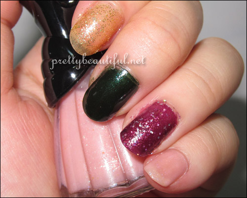 Anna Sui Polishes with Flash