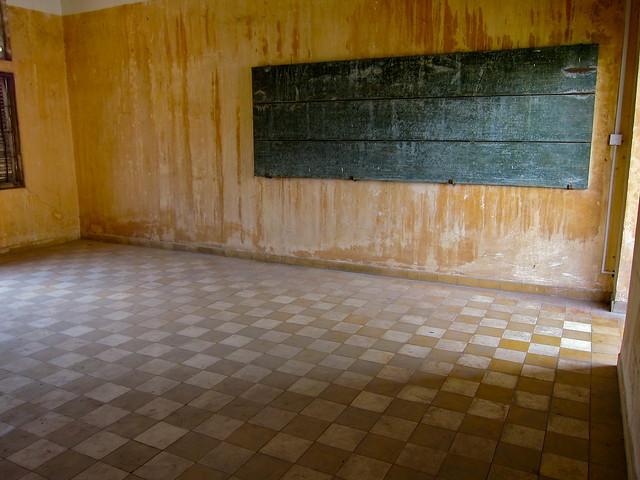 Teoul Slong Prison