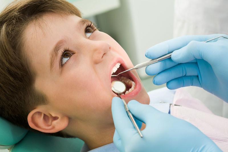 Child-at-dentist-web