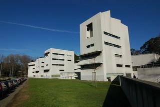Alvaro Siza - FAUP School of Architecture 20.jpg