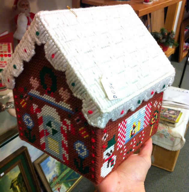 Plastic Canvas Christmas House