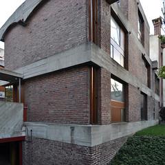 le corbusier, maisons jaoul, neuilly-sur-seine, paris, france, 1951-1955. house A