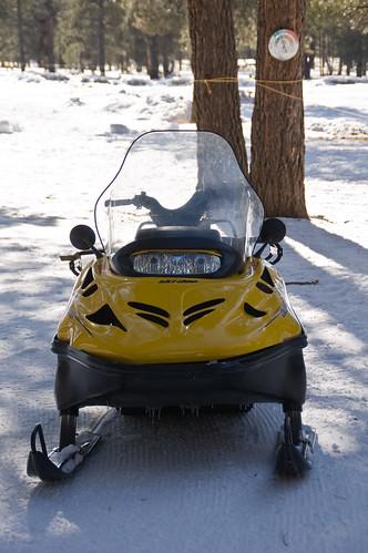 yellow ski doo