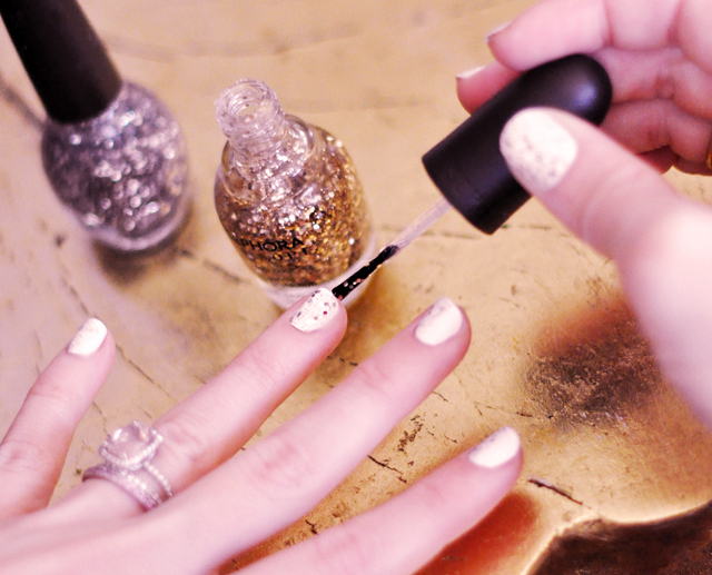 gold glitter stripe on white nails