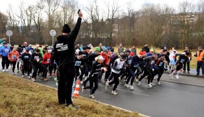 Silvestrovský půlmaraton ve Zlíně vyhrál Přemysl Žaludek