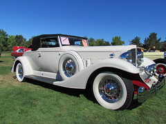 automobile, automotive exterior, vehicle, duesenberg model j, antique car, vintage car, land vehicle, luxury vehicle, convertible, motor vehicle,