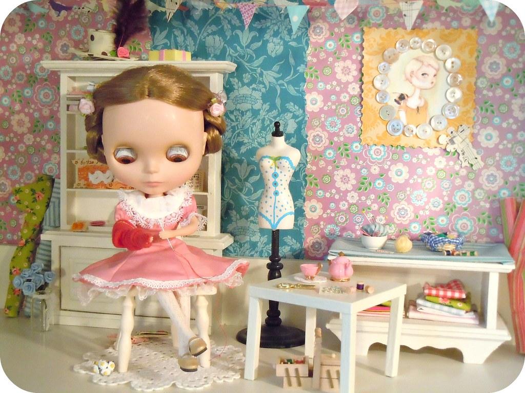 Lisa in Leksvik dollhouse studio