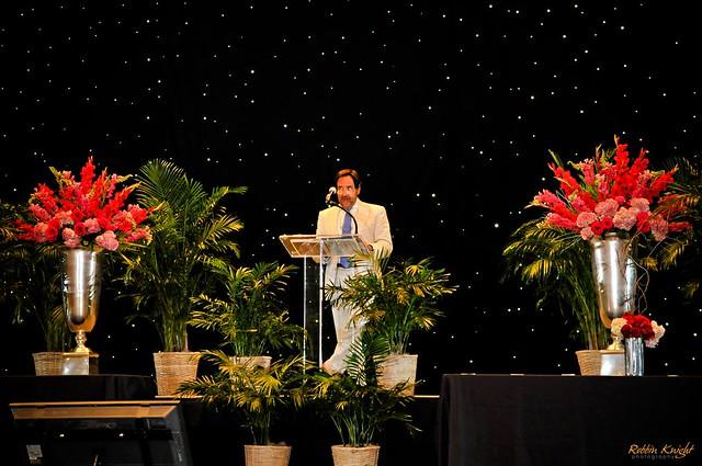Star curtain with plexi podium