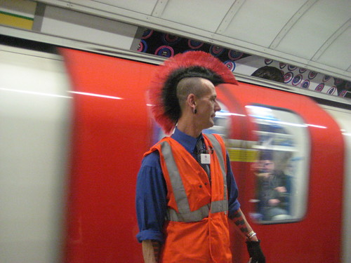 Greg and his Mohican - Guess Where Tube 14