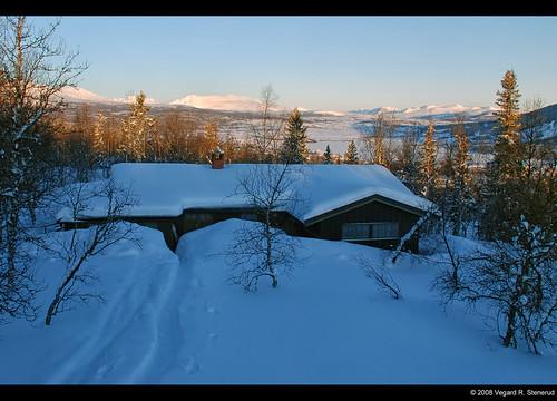 trees winter snow mountains norway sunrise landscape norge vinter cabin nikon europe path norwegen sti fjell snø soloppgang hytte landskap trær deepsnow valdres d80 vaset vestreslidre