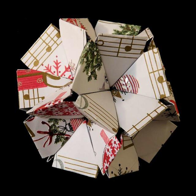 old new year (a kusudama by tomoko fuse) | flickr - photo ... tomoko fuse diagrams tommy clancy box tomoko fuse tutorial #1