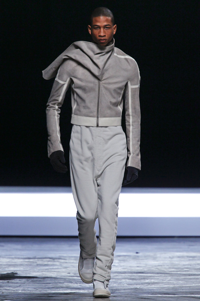 FW12 Paris Rick Owens028(VOGUE)