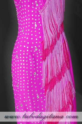 vestido fiesta flecos rosa 02