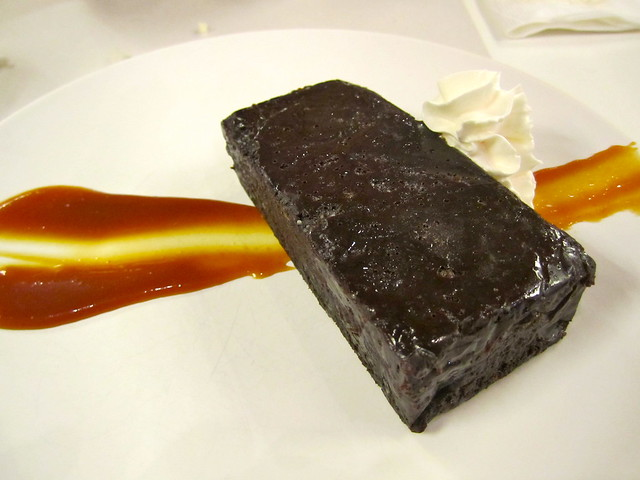 Nomama - Flourless Chocolate Cake
