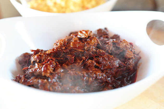 Spicy Stewed Beef with Creamy Cheddar Grits | The Pioneer Woman Cooks ...